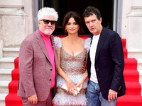 Αλμοδόβαρ, Κρουζ, Μπαντέρας: Τρεις διάσημοι, φλογεροί ισπανοί σαγήνευσαν το Λονδίνο
