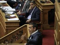 """""""Μάχη"""" αρχηγών στη Βουλή - Τσίπρας σε Μητσοτάκη: Εκτός από ψεύτης είσαι και δειλός"""""""