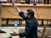 Μπαρμπαρούσης: «Ο ναζιστικός χαιρετισμός βγάζει καλή ενέργεια»