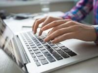 6 στους 10 Έλληνες κάνουν αυτοδιάγνωση μέσω ίντερνετ και μετά τρέχουν στο γιατρό...