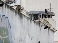 Σοκ στις φυλακές Κορυδαλού-Φρουρός αυτοπυροβολήθηκε μέσα στη γραμματεία!