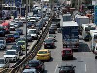 Ιδιαίτερα αυξημένη η κίνηση στους βασικούς οδικούς άξονες της Αττικής