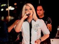 Η Πατρινή τραγουδίστρια Χαρά Βέρρα παντρεύεται τον κουμπάρο της!