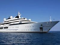 """Στην Κέρκυρα η υπερπολυτελής θαλαμηγός """"Katara"""" Lurssen με μέλη της βασιλικής οικογένειας του Κατάρ"""