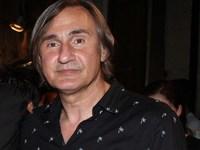 Άκης Σακελλαρίου: Λιποθύμησα στο ταξί- Μου είπαν ότι ήμουν σε κώμα 10 μέρες- ΒΙΝΤΕΟ