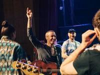Οι Coldplay δεν θα κάνουν περιοδείες, αν πλήττουν το περιβάλλον