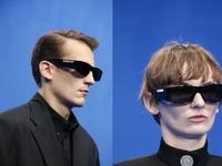 Γυαλιά με led φωτισμό; Κυκλοφόρησαν μόλις από τον «αιρετικό» οίκο Balenciaga