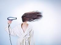 Τι σχέση έχει η σχιζοφρένεια με τα μαλλιά σας;