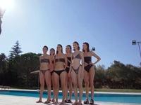 GNTM: Τα κορίτσια φωτογραφίζονται με μαγιό στην πισίνα- ΒΙΝΤΕΟ