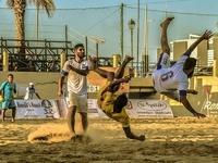 Ο Δημήτρης Μικελάτος μας μυεί στο beach soccer