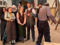 «Κόκκινο ποτάμι»: Η πατρινή ηθοποιός Πέτρα Μαυρίδη στα γυρίσματα της σειράς