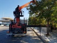 Ολοκληρώνεται το πεζοδρόμιο, μπροστά από τον επιβατικό σταθμό της Πάτρας- ΦΩΤΟ