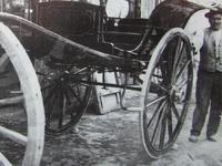 Ο αμαξοποιός που έδωσε σχήμα στα κάρα, τα αυτοκίνητα και τα λεωφορεία της Πάτρας