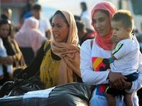 «Βουλιάζει» η Λέσβος από τους μετανάστες