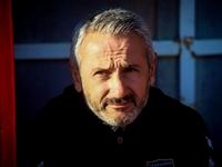 Μπαξεβάνος: «Είναι προτιμότερο να πεθαίνεις όρθιος στον αγωνιστικό χώρο»