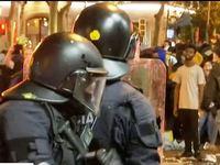 Νύχτα χάους στη Βαρκελώνη -  Σε 51 συλλήψεις προχώρησε η αστυνομία