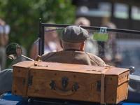 Πώς θα παίρνουν άδεια οδήγησης οι άνω των 74 ετών