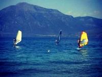 Σχολή Ιστιοσανίδας (Windsurf) από τον ΙΑΣΩΝ