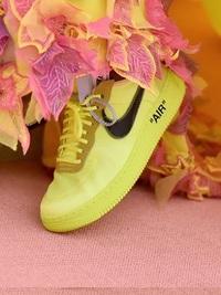 Σερένα και OFF White X Nike