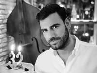 Ο πατρινός Νίκος Πολυδερόπουλος είναι 32 ετών και έχει κάνει δύο σχέσεις στη ζωή του!