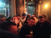 Χαλαρό ποτό με νέους για τον Αλ. Τσίπρα στην Πάτρα- ΦΩΤΟ
