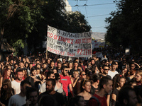 Μαζικές συγκεντρώσεις φοιτητών για το άσυλο- ΦΩΤΟ