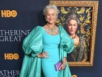 BeautySpy: Ελεν Μίρεν, βασιλική εμφάνιση στο Λος Αντζελες στα 74 χρόνια της