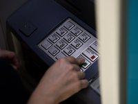 Χρεώσεις ακόμη και στην ερώτηση υπολοίπου στα ΑΤΜ από το τέλος Οκτώβρη