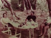 """Οι απίστευτες αναμνήσεις του Μίκη Θεοδωράκη από την Πάτρα - Ο """"σνομπισμός"""" των Πατρινών, το γλέντι στα Ψηλαλώνια και οι ...ποιήτριες!- ΣΠΑΝΙΕΣ ΦΩΤΟΓΡΑΦΙΕΣ"""