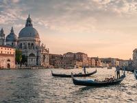 """Ο δήμαρχος της Βενετίας θα """"κόψει"""" το κάπνισμα στο κέντρο της πόλης"""