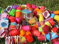 """Αυτά τα πλαστικά """"κόβονται"""" στην Ελλάδα μέχρι το καλοκαίρι του 2020"""