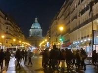 """Φοιτητής αυτοπυρπολήθηκε και """"πυροδότησε"""" κινητοποιήσεις στα γαλλικά Πανεπιστήμια"""