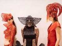 H AXDW έκανε φινάλε, αλλά για την couture του Πάρη Λαλιώτη ήταν μόνο η αρχή