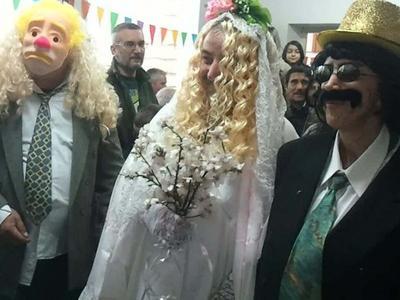 Κούλουμα στην Περιστέρα: Αναβίωσε ο Αποκριάτικος Γάμος - Βίντεο