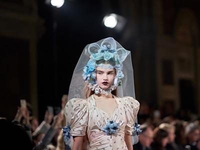 Νew York Fashion Week best off: Τα σκήπτ...