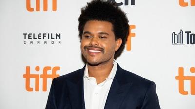 Ο Weeknd δωρίζει ένα εκατομμύριο δολάρια...