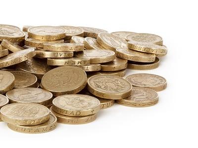 Απίστευτη απάτη στο Αίγιο - Του έδωσε 11.000 ευρώ και πήρε κάλτσα με κέρματα!