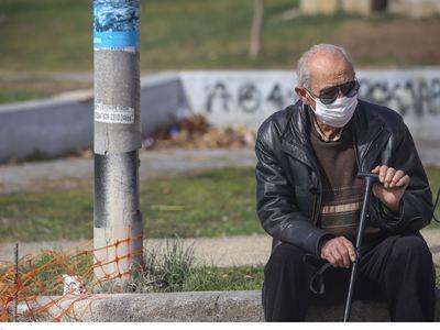 Η τραγική ιστορία του νεκρού από τον κορωνοϊό στην Κοζάνη - Η σορός παραμένει στο νοσοκομείο γιατί οι συγγενείς είναι σε καραντίνα!