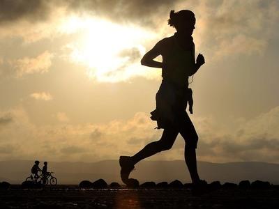 Μεγάλο το αντικαταθλιπτικό όφελος της αερόβιας άσκησης