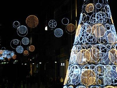 Πάτρα: Συνεχίζεται ο χριστουγεννιάτικος ...