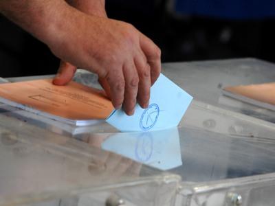 Γιατί ψηφίζουμε, τι μουσική ακούμε και τι τρώμε την ημέρα των ευρωεκλογών;