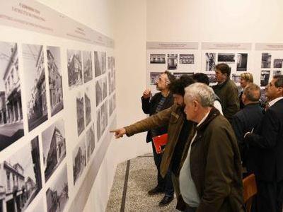 Πάτρα: Οργανωμένες ξεναγήσεις στην έκθεση με τις φωτογραφίες του αρχιτέκτονα Μιχάλη Δωρή