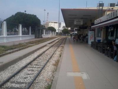 Ξανασκέφτονται στην Κυβέρνηση την υπογειοποίηση του τρένου στην Πάτρα