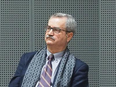 Ο Καθηγητής Σήφης Μπουζάκης δώρισε την προσωπική βιβλιοθήκη του στο ΑΕΙ Πατρών