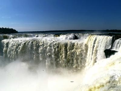 Την Τρίτη στο Πολύεδρο «Ταξιδεύοντας» σε Βραζιλία, Αργεντινή & Ουρουγουάη