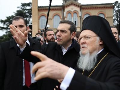 Αλ. Τσίπρας: Ο ελληνισμός πληγώθηκε και κυνηγήθηκε αλλά δεν έχασε τις ρίζες του