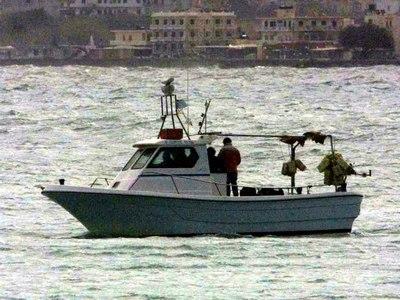 Σκάφος βυθίστηκε στο λιμάνι της Κέρκυρας