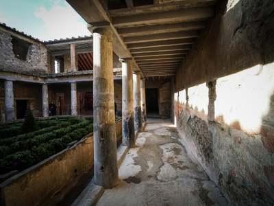 Το εκπληκτικό «Σπίτι των Εραστών» στην Αρχαία Πομπηία ανοίγει μετά από 40 χρόνια