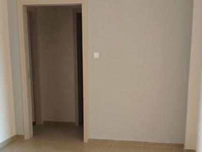 Διαμέρισμα 95 τ.μ., Ναυμαχίας Έλλης, Πάτρα, 380 €