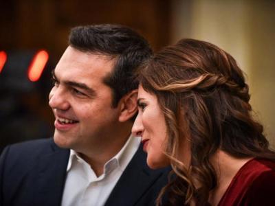"""Αλέξης Τσίπρας: """"Η Μπέτυ πρέπει να ήταν ερωτευμένη μαζί μου πριν την εντοπίσω"""""""